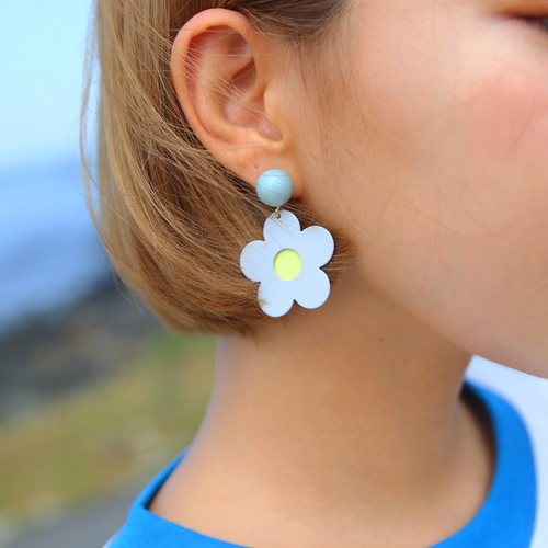 andrea flower earring