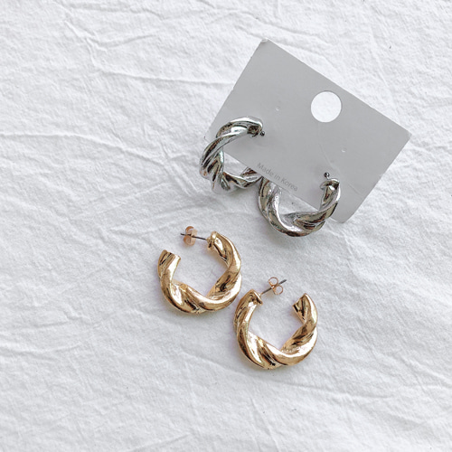 kink ring earring