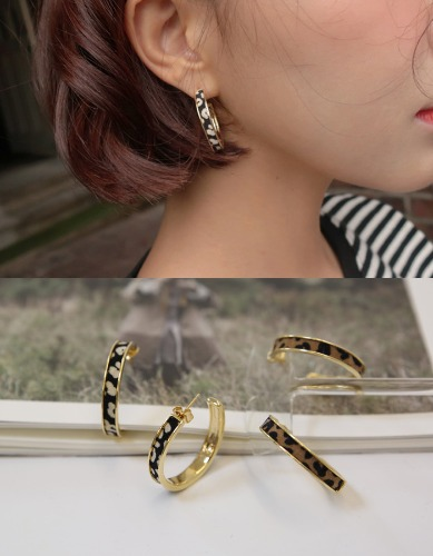 trendy tiger skin earring