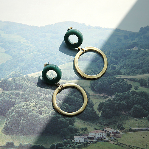 green gold earing