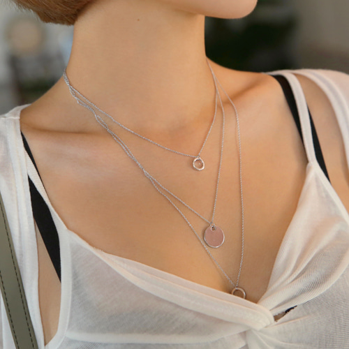 layering triple necklace