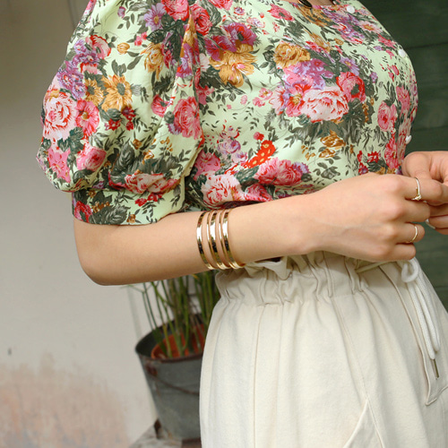 romantic bali bangle