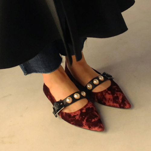 velvet pearl belt shoes